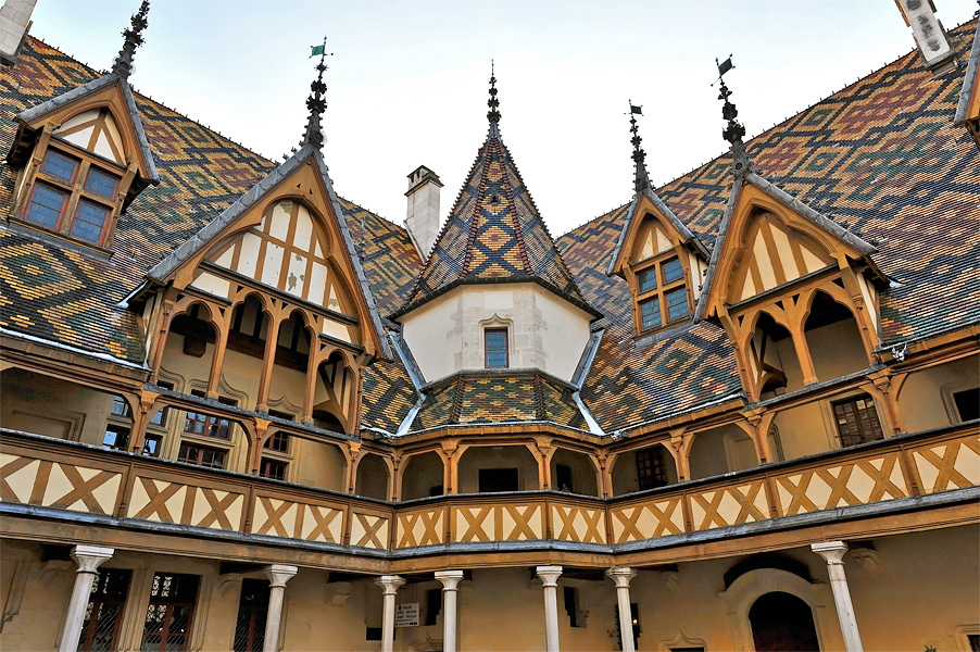 Hotels In Beaune With Parking